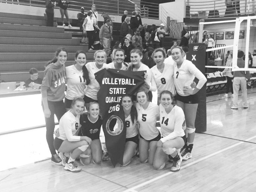 Volleyball advances to state