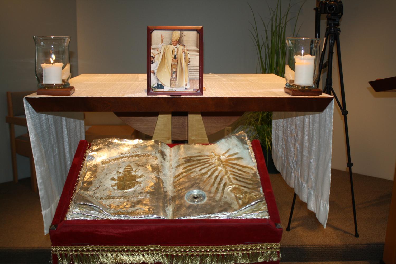 Pope John Paul II honored at Xavier