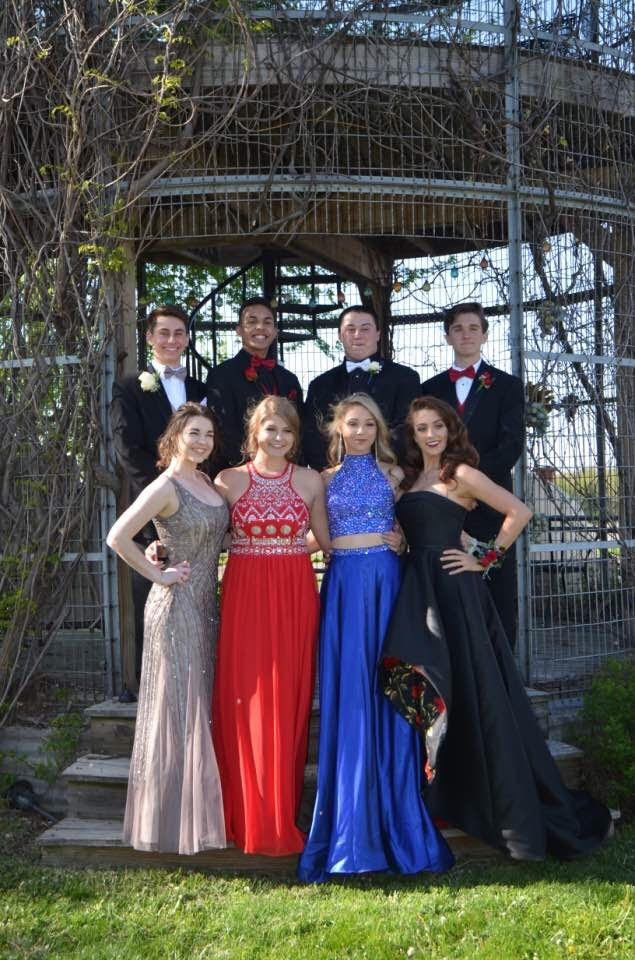 Lauren Nelson and her friends pose for a picture before prom.Craig Hovda Photo.