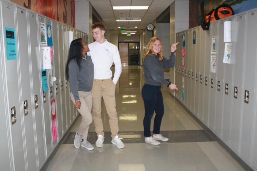 Juniors Jenni Jengwa and Claire Delaney battle the pros and cons of relationships. Mrs. Kellie Wagner Photo.