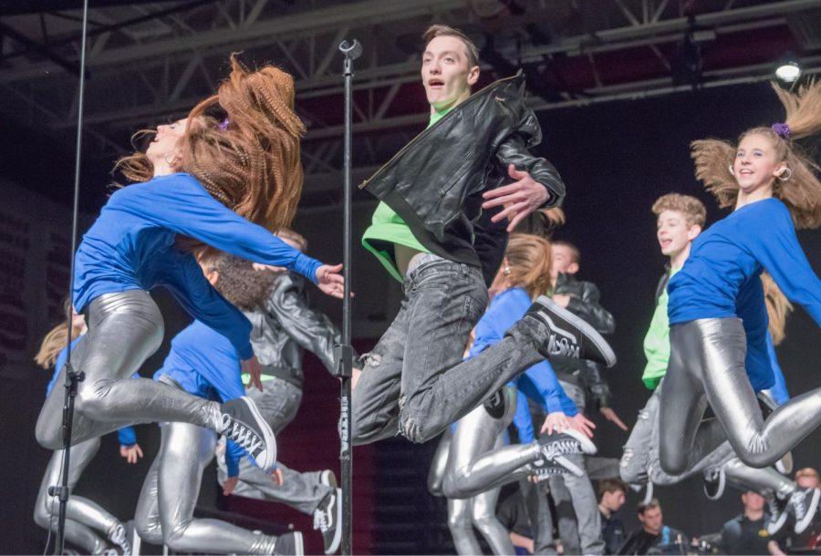 "Xuberance begins their season at ""Supernova"" hosted by Linn-Mar High School. Michele Maier Photo."
